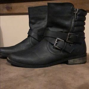 Rampage Black Boots with Buckle